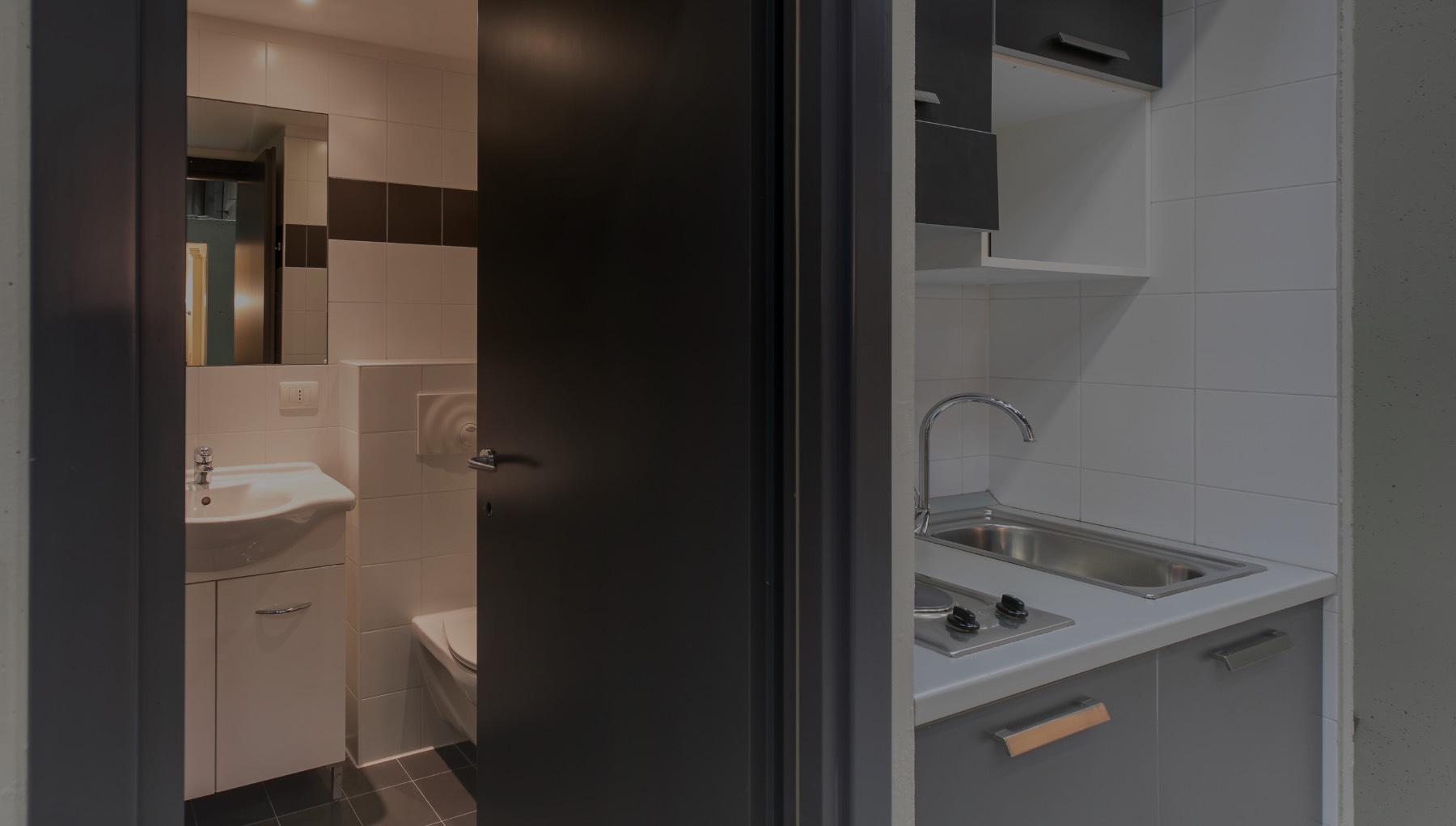 COMBI bathroom-kitchen modular pods